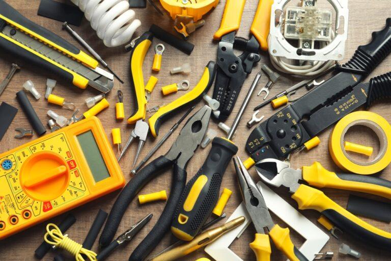 electrician's tools - Workiz